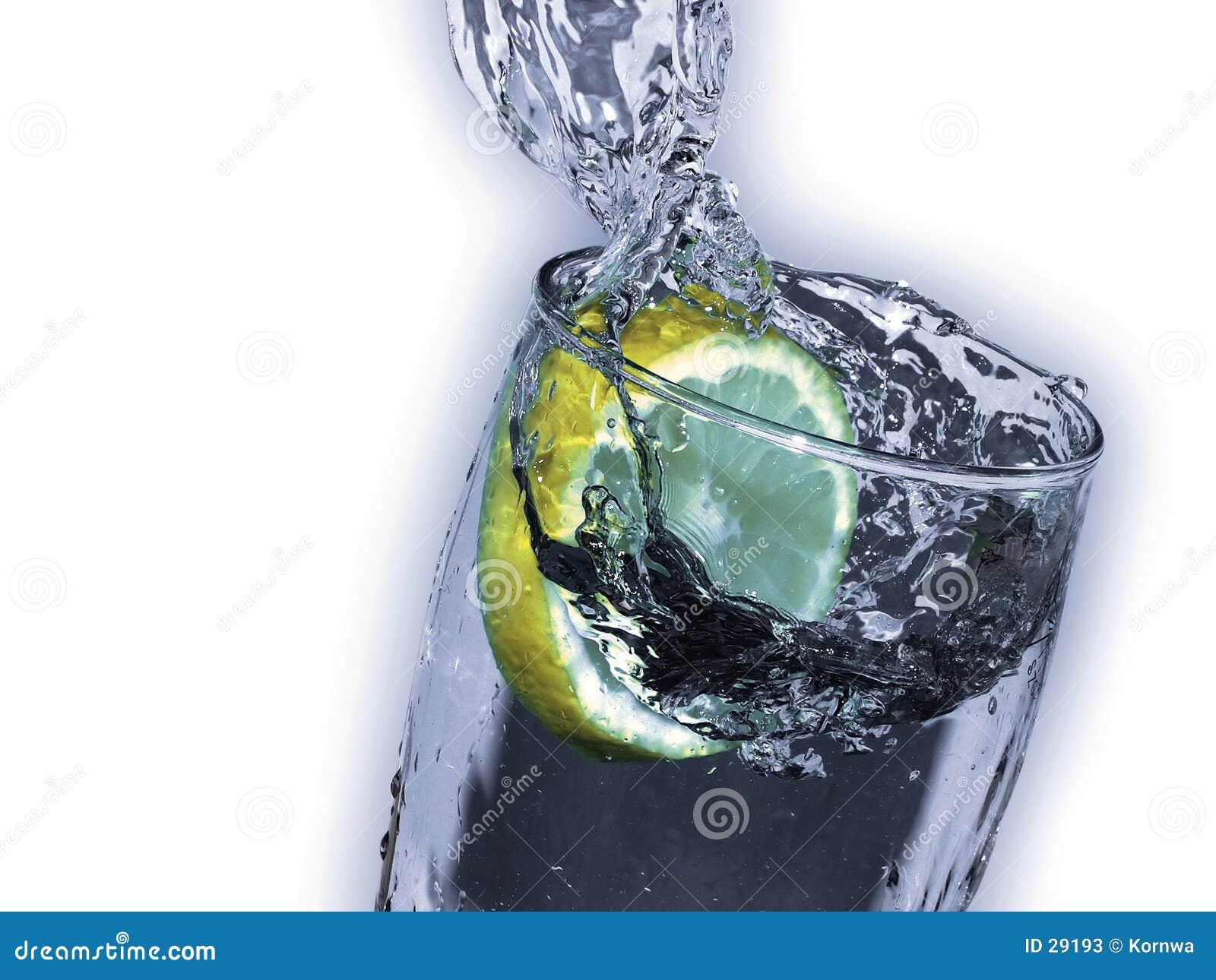 Zitronengelbes Getränk