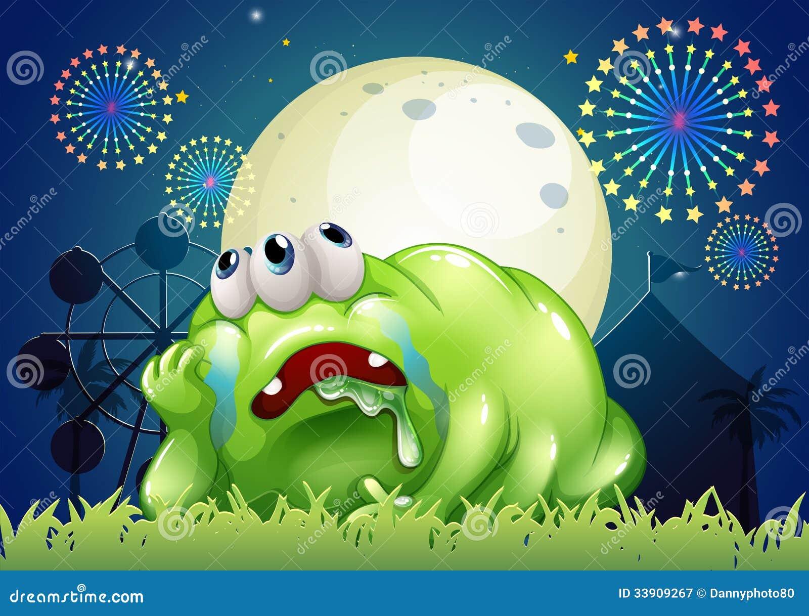 Zmęczony zielony potwór przy karnawałem