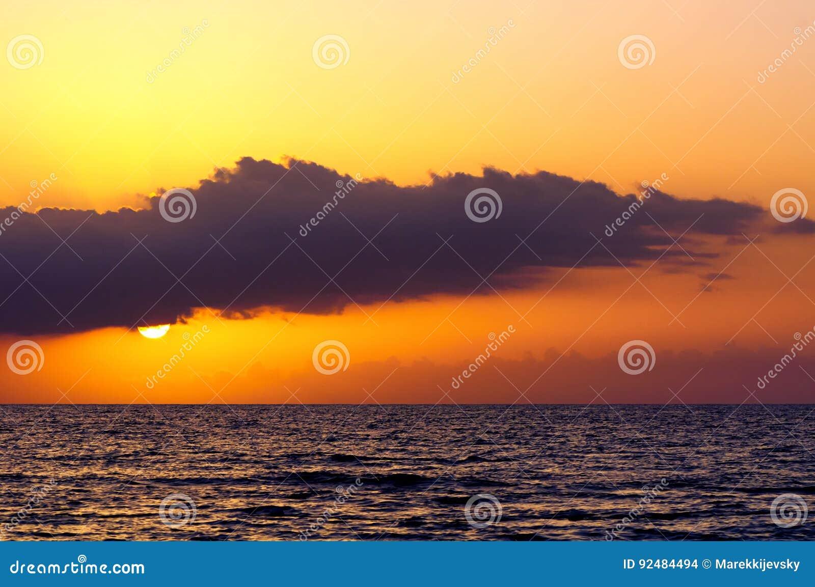 Zmierzch nad morzem przy Montego Bay, Jamajka