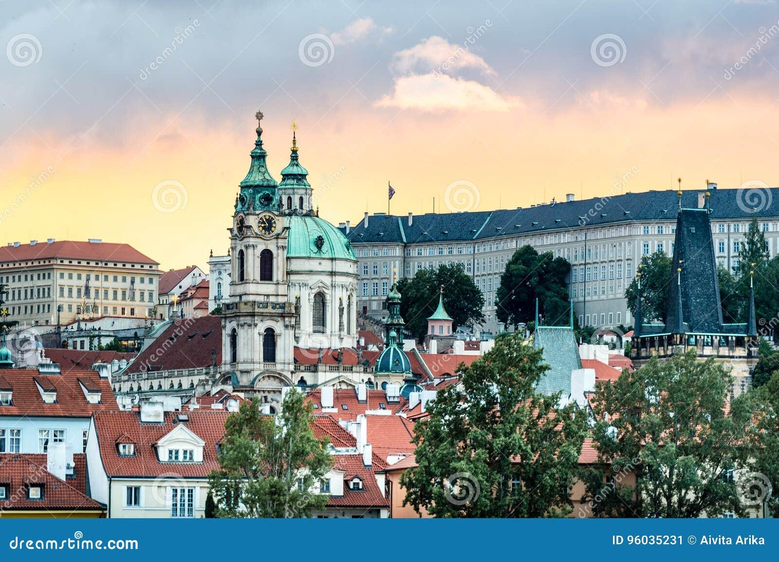 Zmierzch w Praga, republika czech