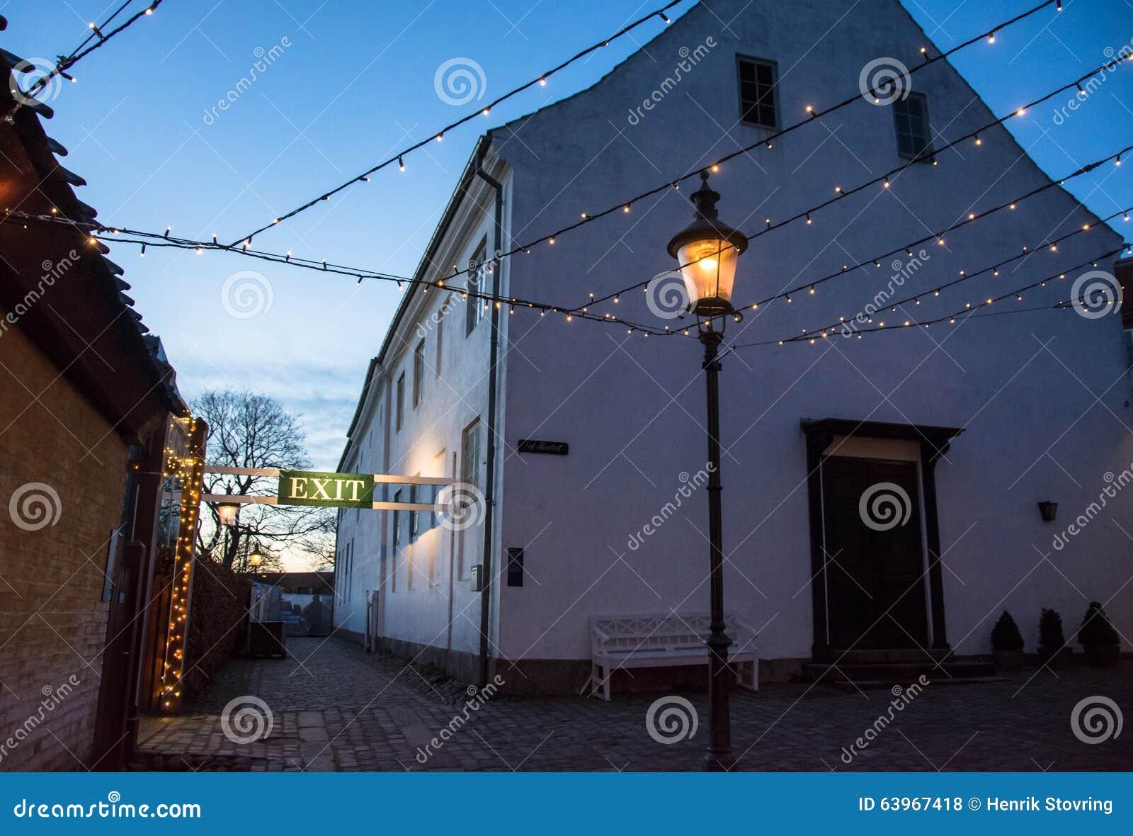 Zmierzch w Starym miasteczku Aarhus -, Dani (II)