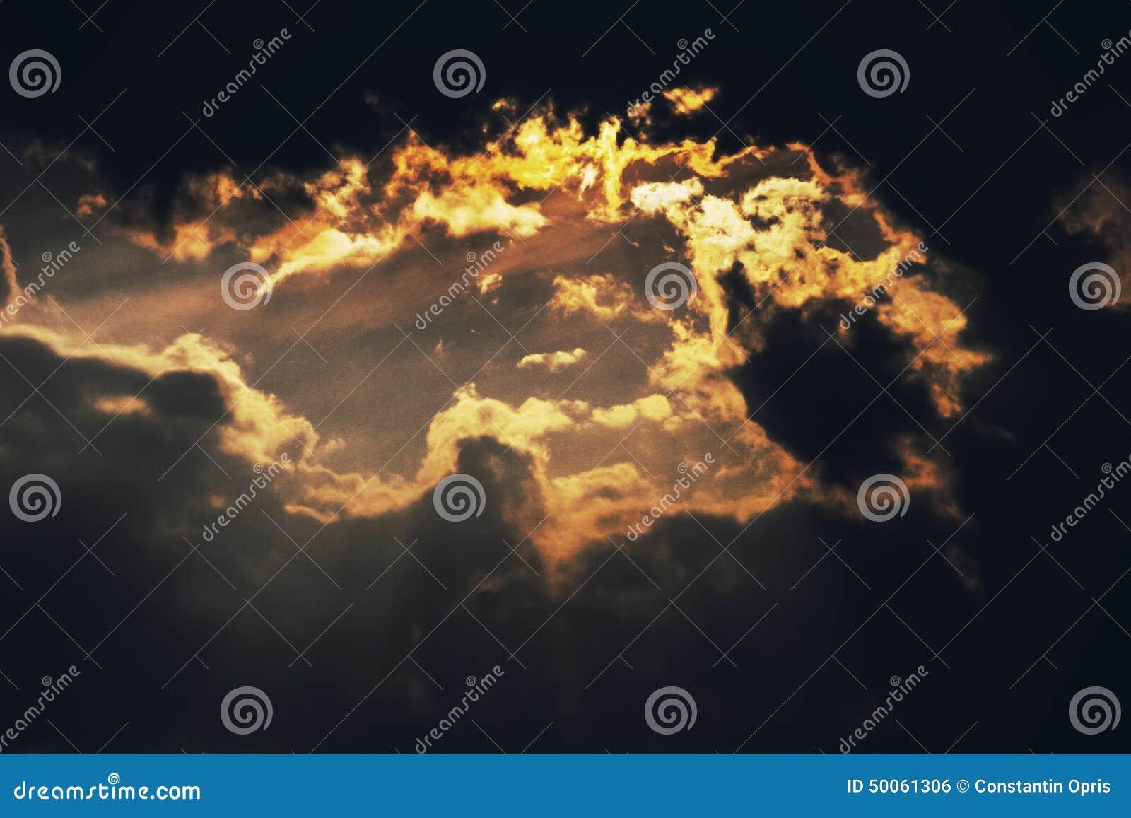 Zmierzchu pomarańczowy niebo