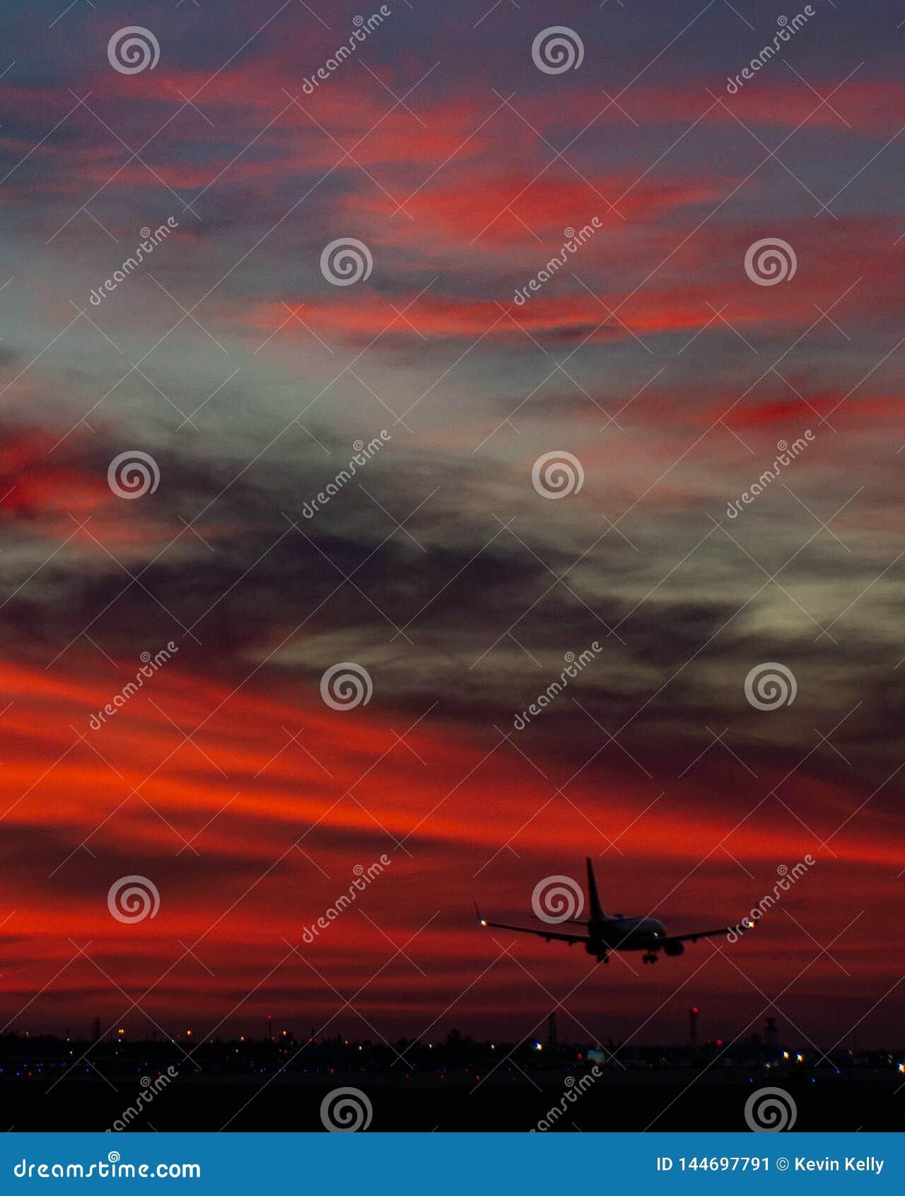 Zmierzchu wschód słońca lotniskowy Florida Cessna 172 cessna172