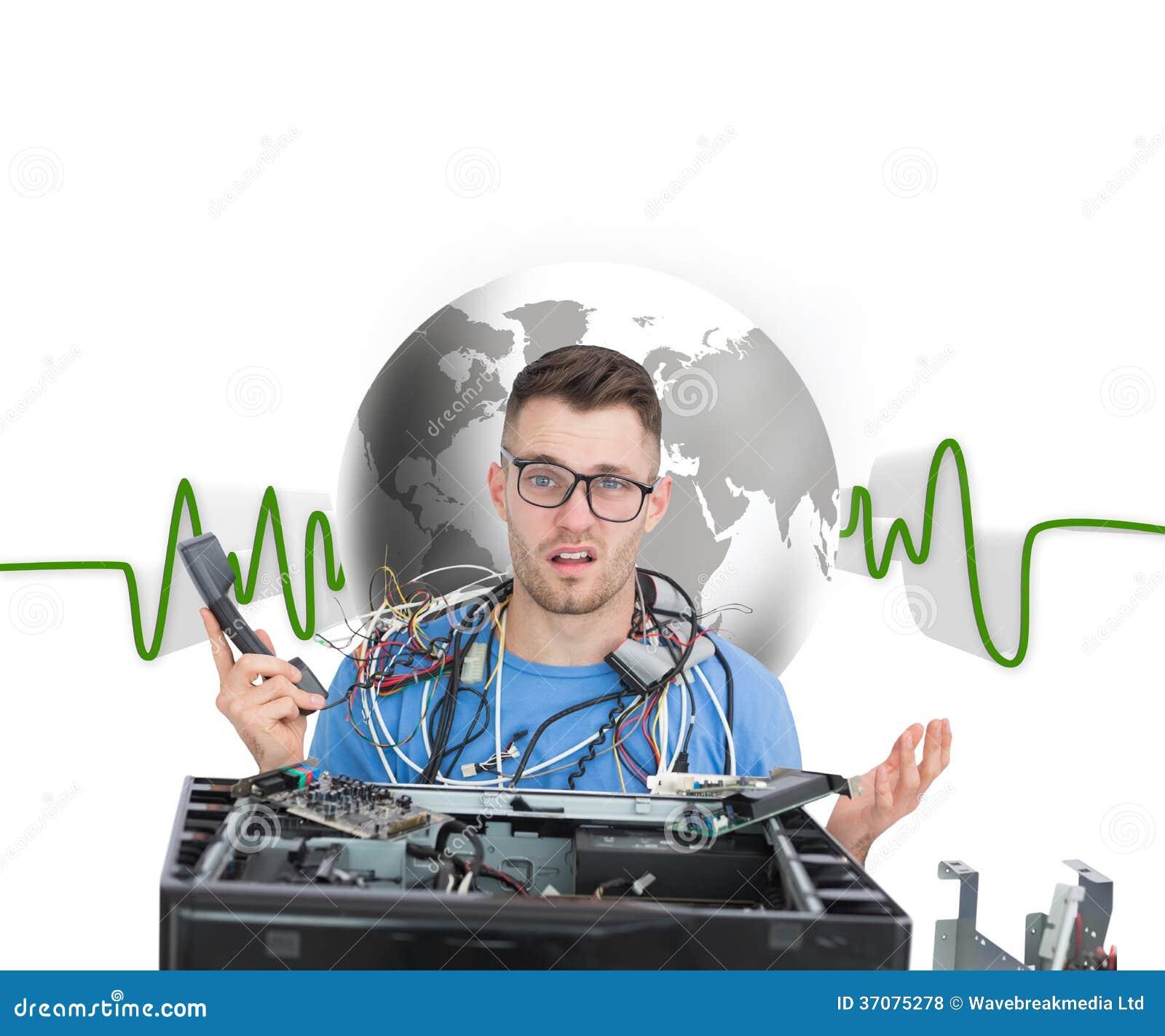 Download Zmieszany Ja Profesjonalista Z Kablami I Telefonem Przed Otwartą Jednostką Centralną Ilustracji - Ilustracja złożonej z migreny, środowisko: 37075278