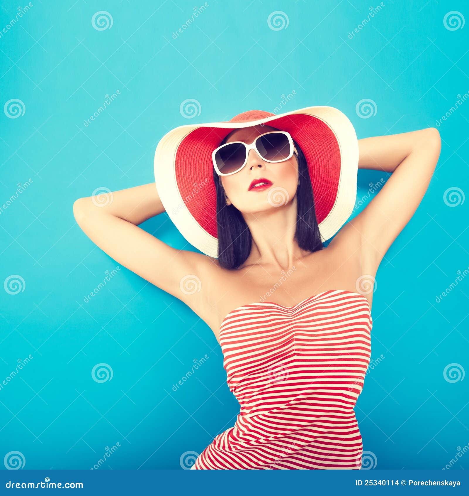 Zmysłowy dziewczyny lato