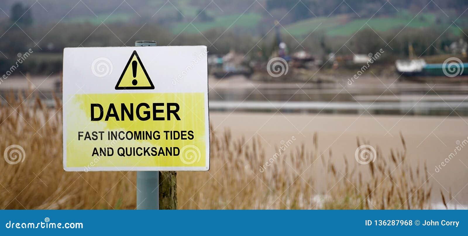 Znak ostrzegawczy - niebezpieczeństwo - przypływy i quicksand, Zjednoczone Królestwo