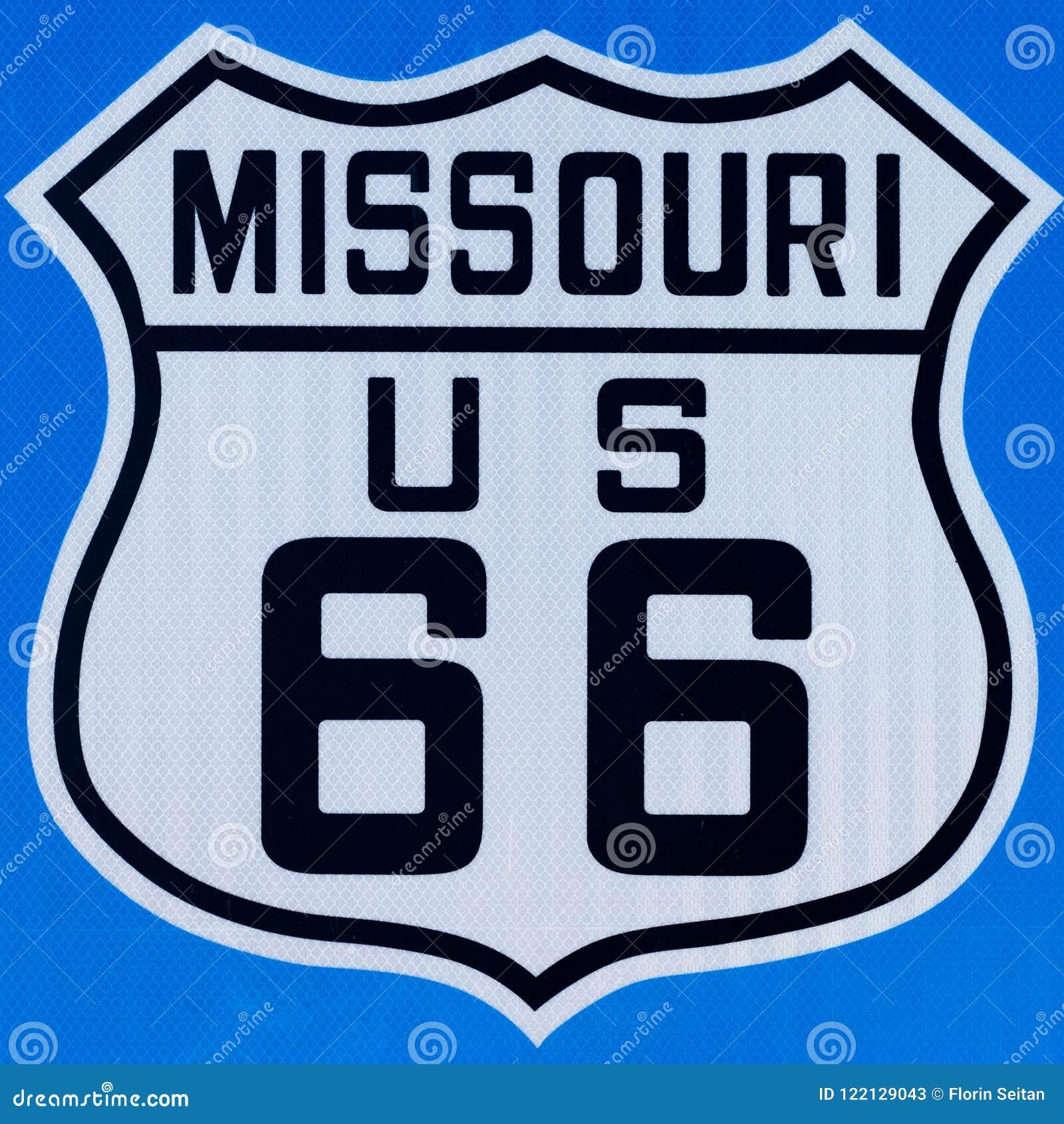 Znak uliczny z trasą 66 w Missouri