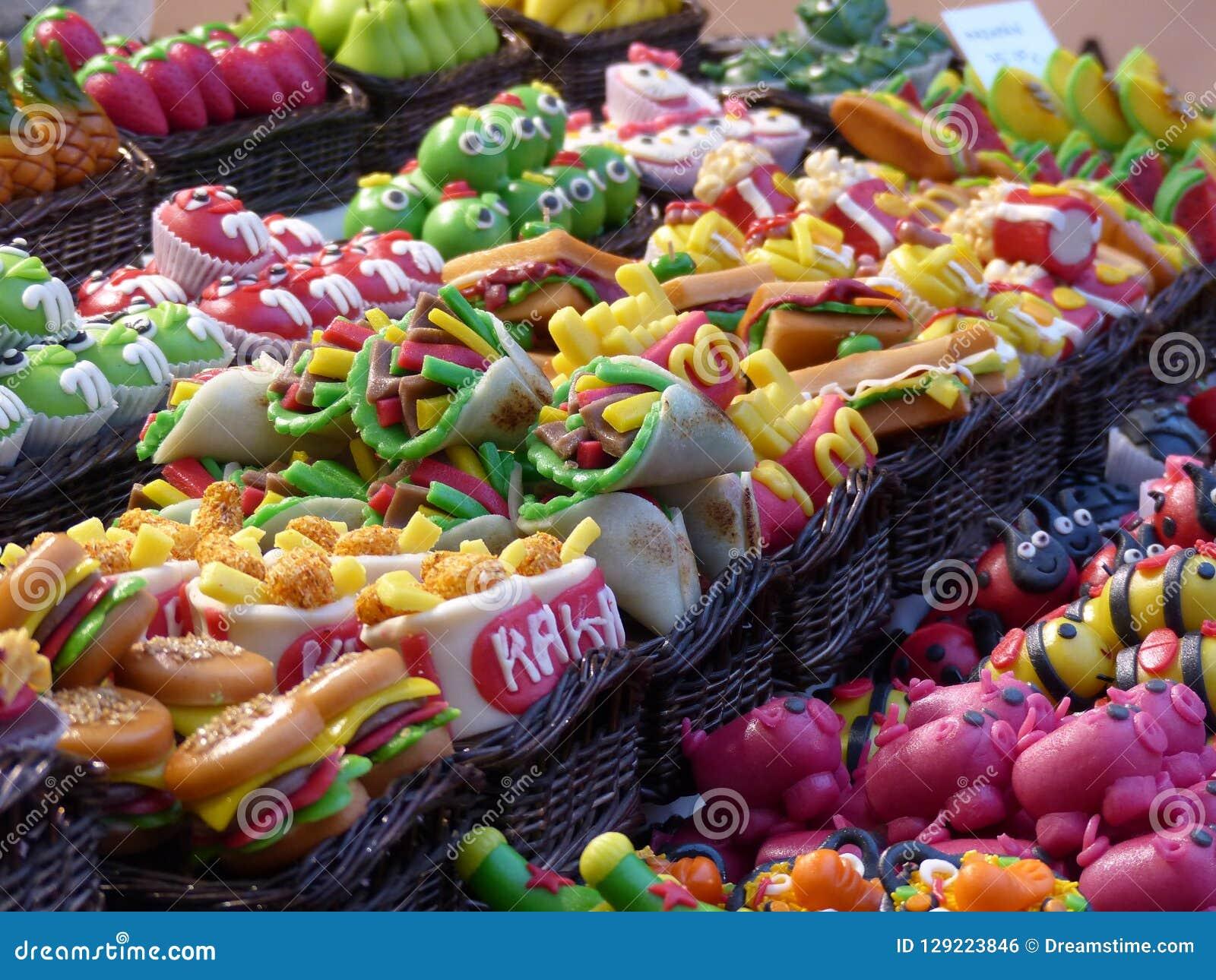 Zoet voedsel in typische marktplaats