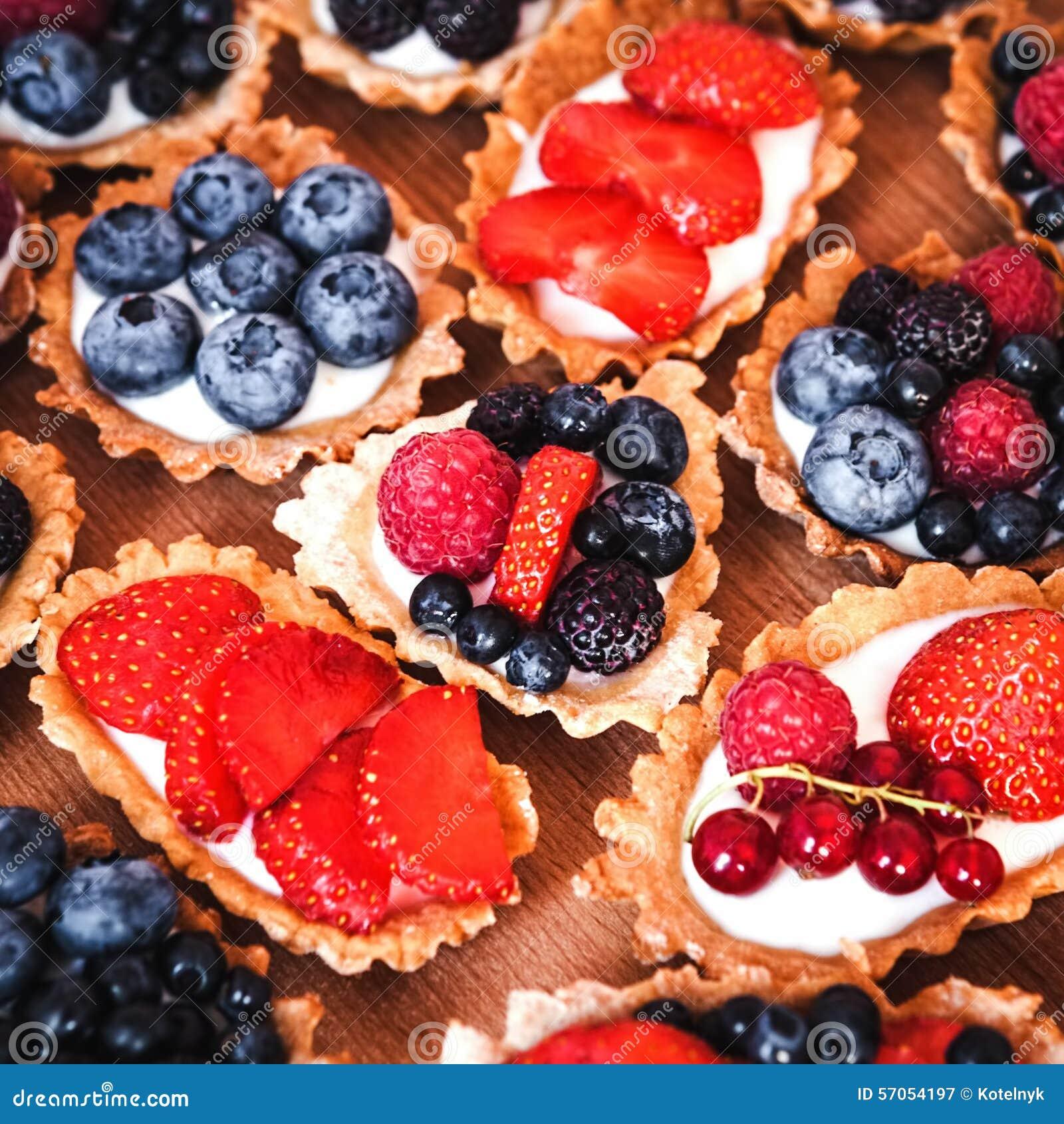 Zoete cakes met bessen
