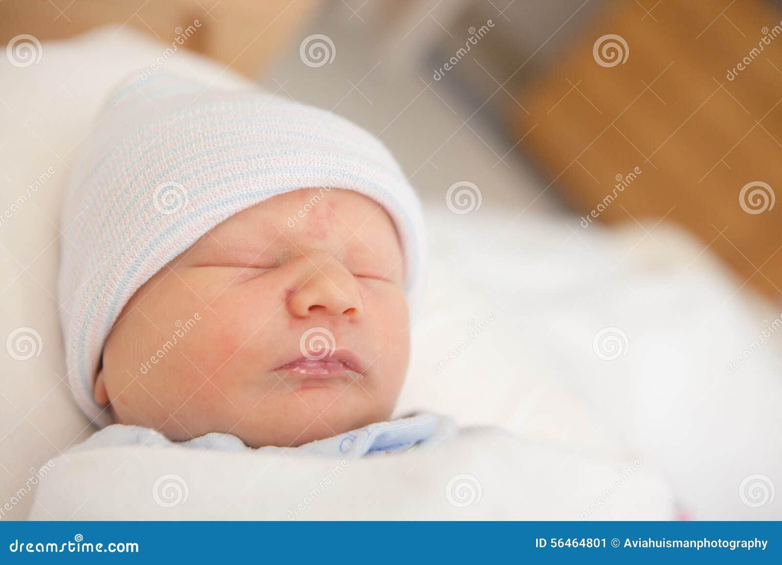 Zoete Pasgeboren Zuigelingsslaap