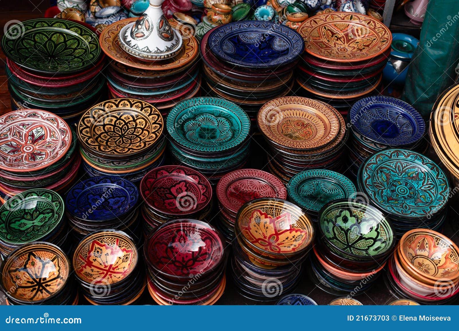 Zolle decorate e ricordi tradizionali del Marocco