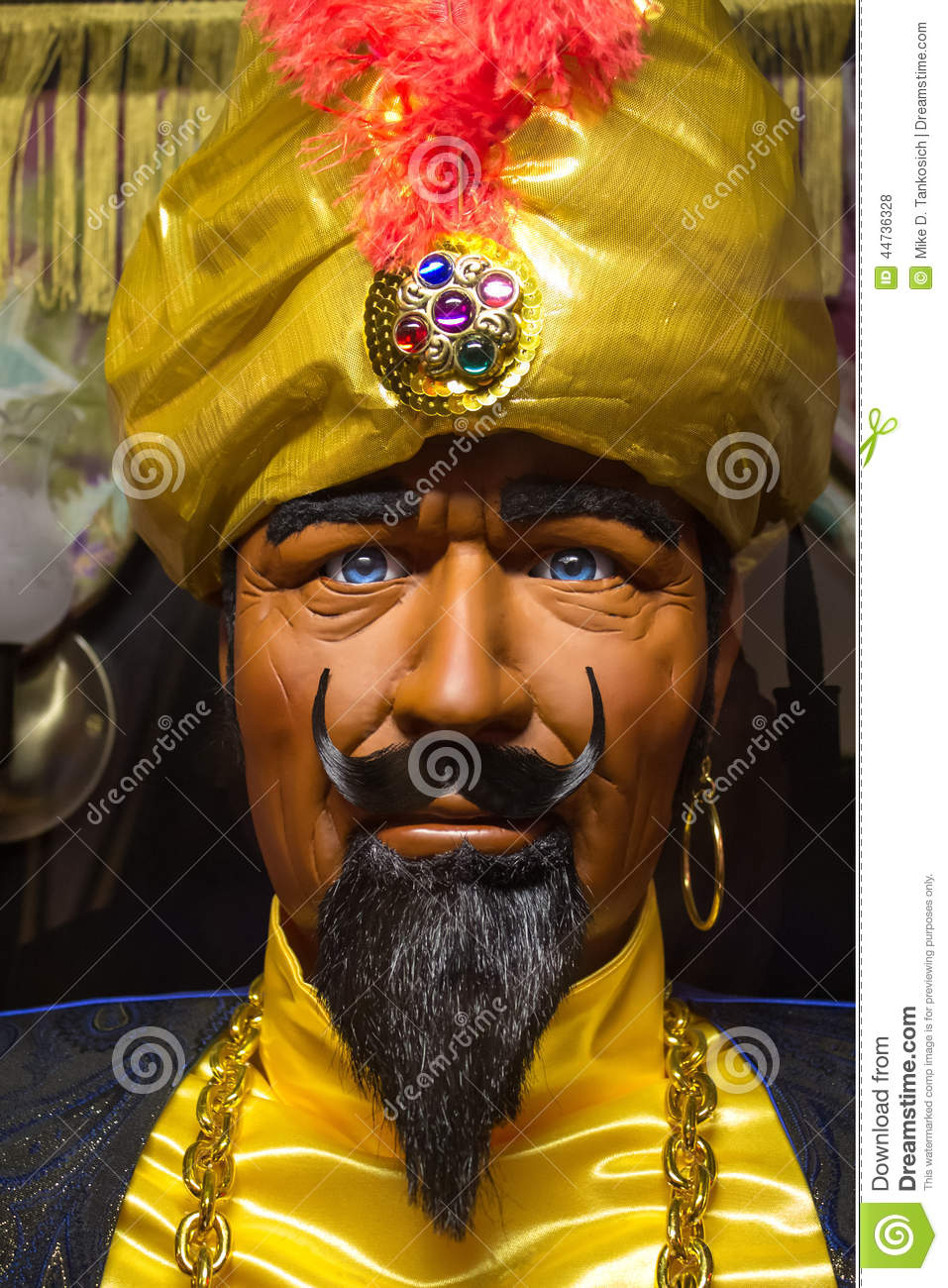 Fortune Teller Booth Halloween Craft: Zoltar The Fortune Teller Editorial Stock Photo. Image Of