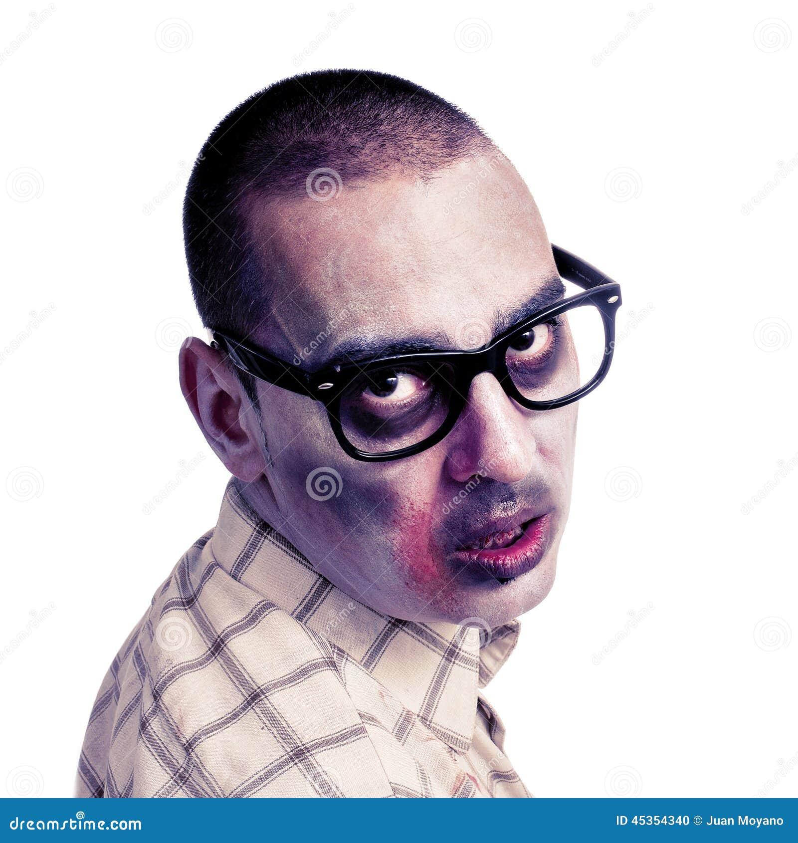Zombi avec les lunettes plastique-bordées par noir