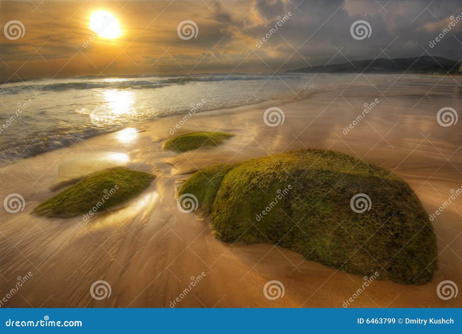 Zon, steen en zand van Karon