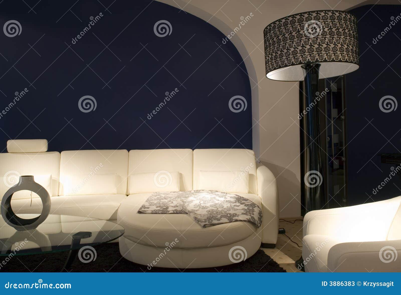 Zona comoda del salotto