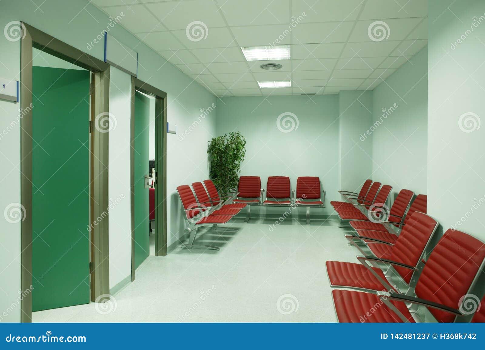 Zona de espera del edificio público E nadie