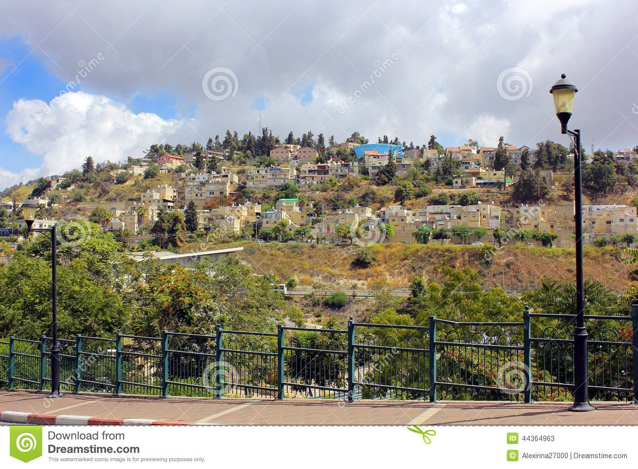 Zona residenziale sul supporto Canaan, Safed, Israele