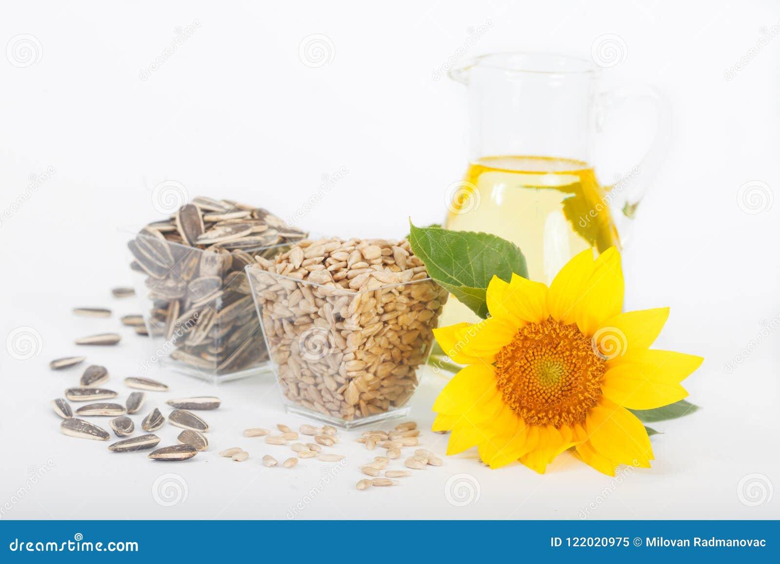 Zonnebloemen, zonnebloemolie en zonnebloemzaden