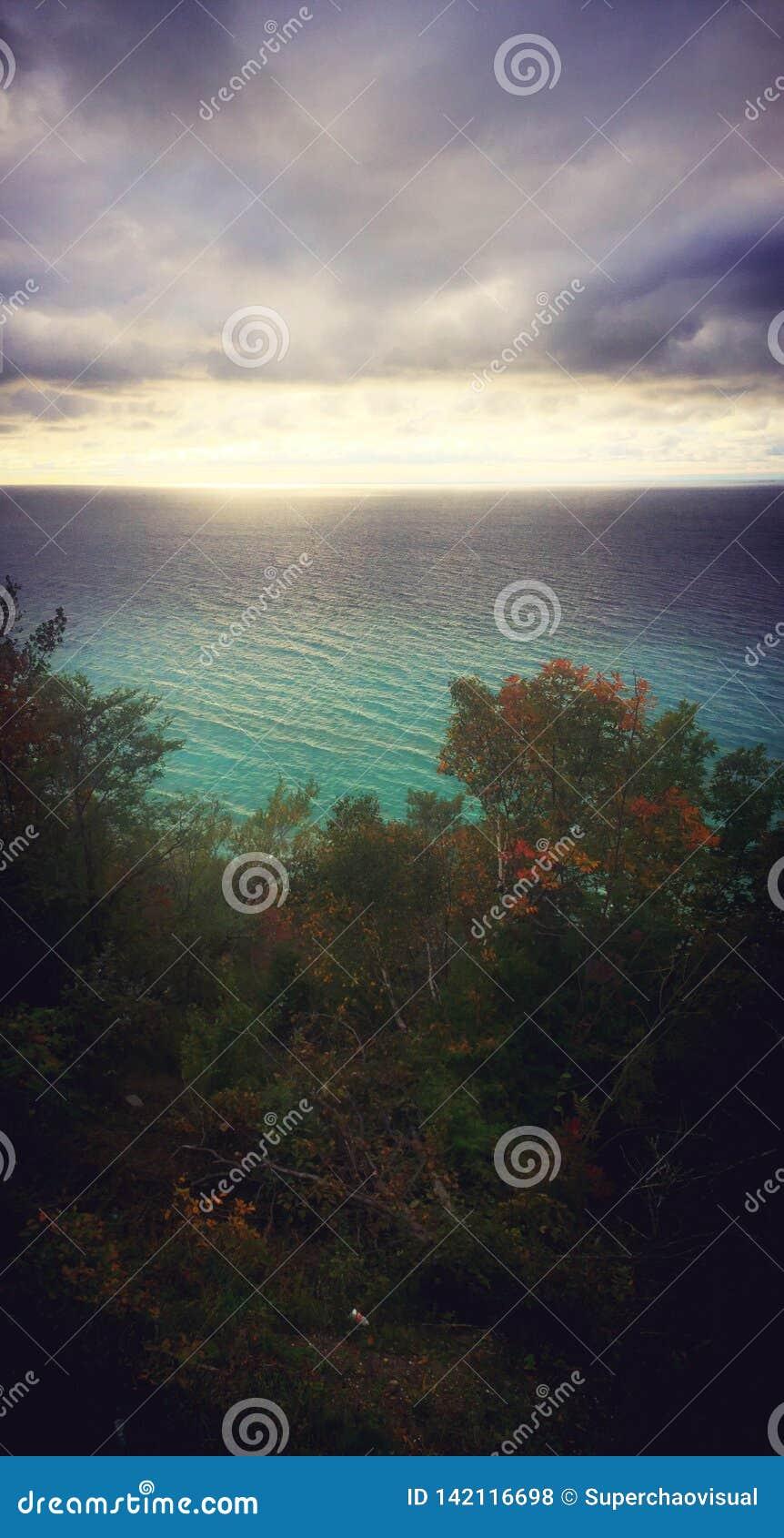 Zonsondergang bij het Meer van Michigan