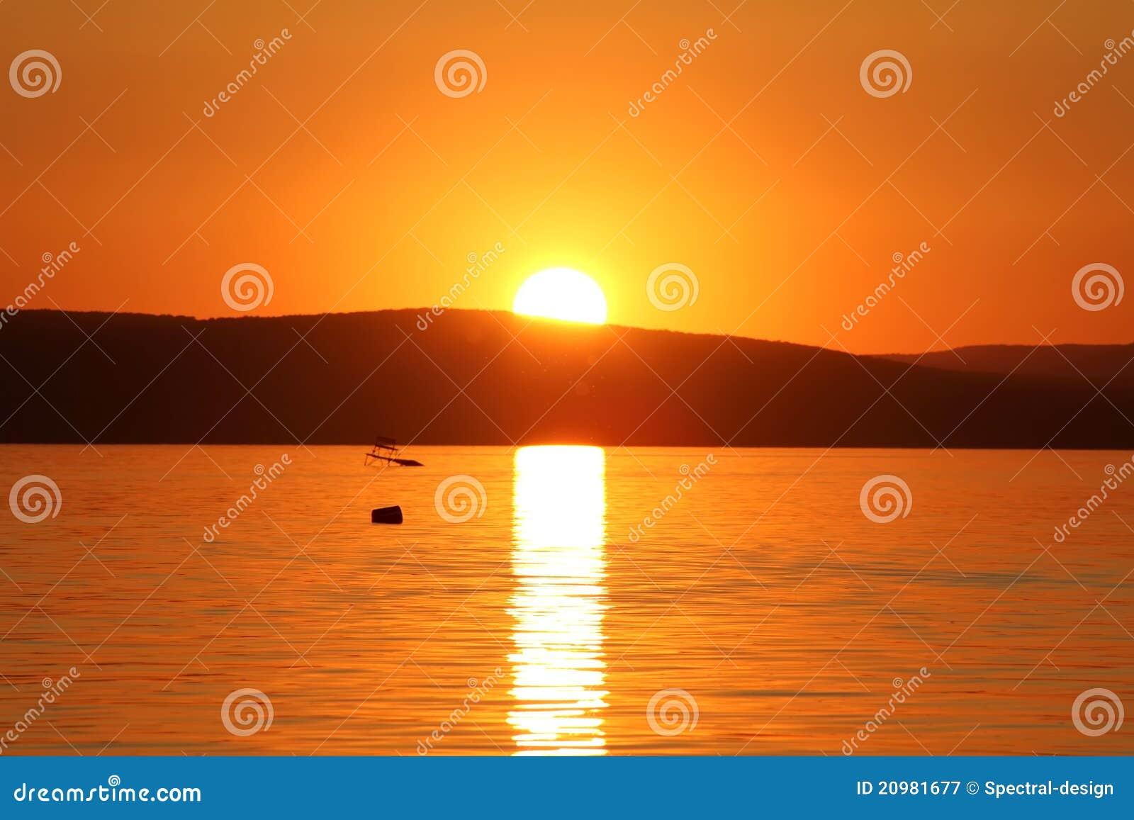 Zonsondergang bij Meer Balaton
