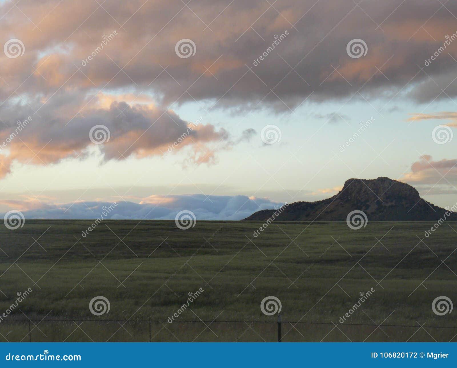 Zonsondergang in de weiden van Patagonië