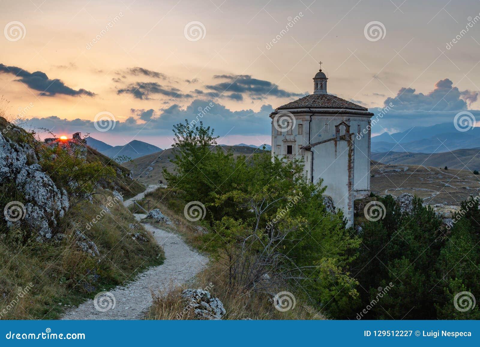 Zonsondergang in Gran Sasso - Rocca Calascio AQ