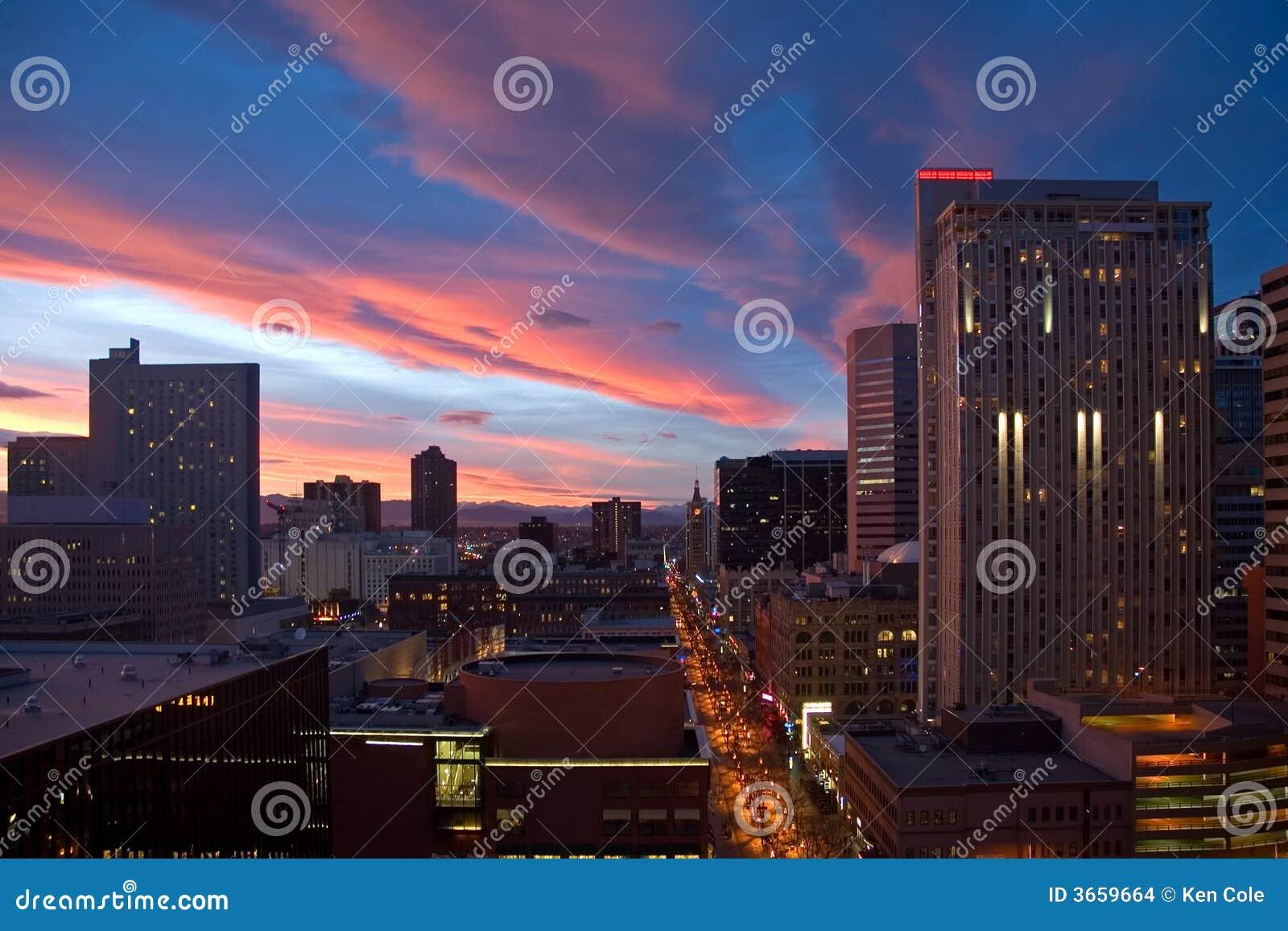 Zonsondergang over Denver