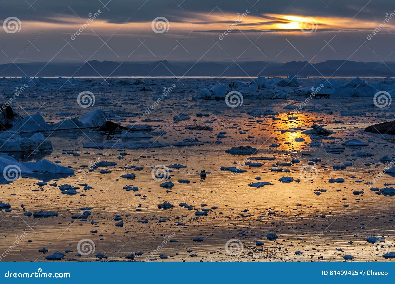 Zonsondergang over Disko-baai, Groenland