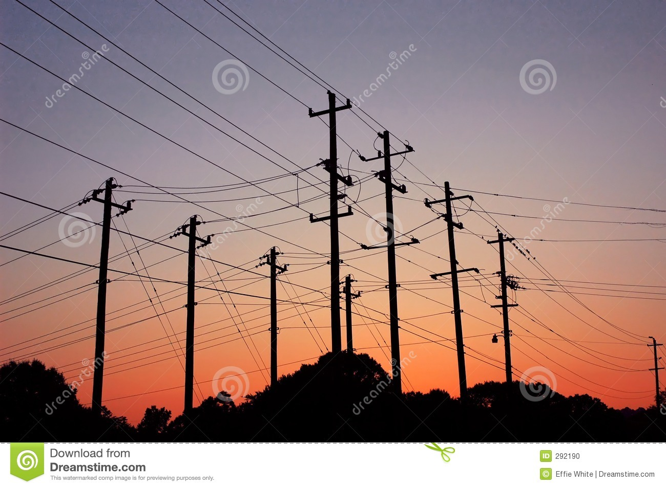 Zonsondergang over powerlines