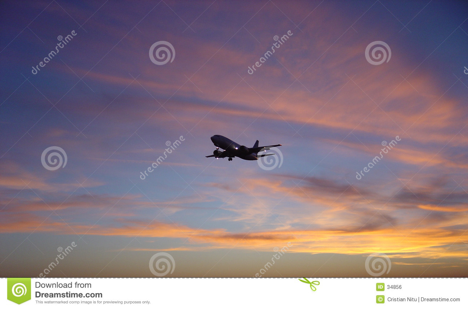 Zonsondergang VERSUS Vliegtuig