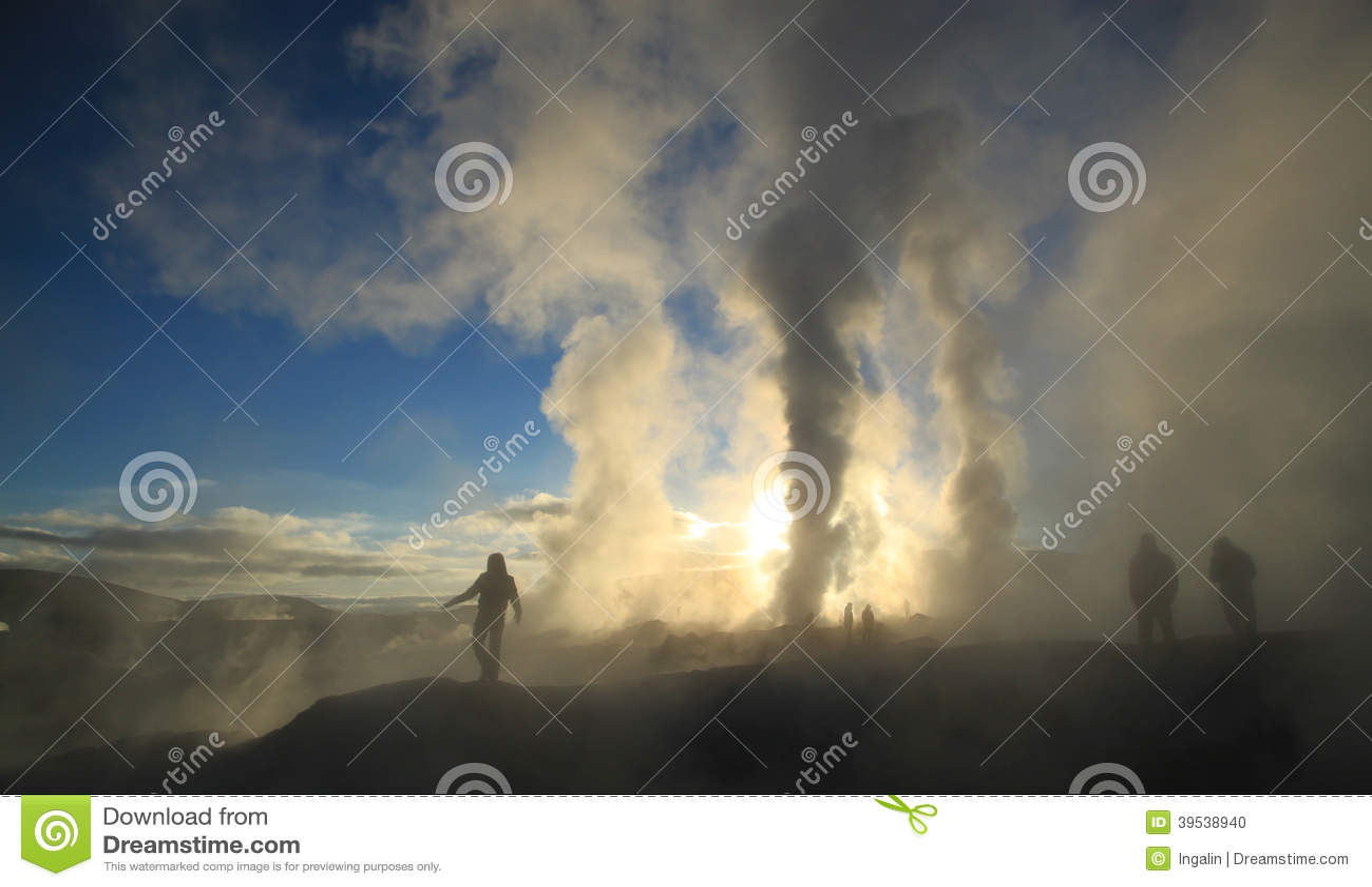 Zonsopgang bij Geothermisch gebied, Bolivië, Zuid-Amerika