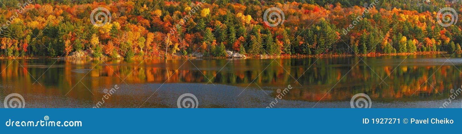 Zonsopgang in George Lake