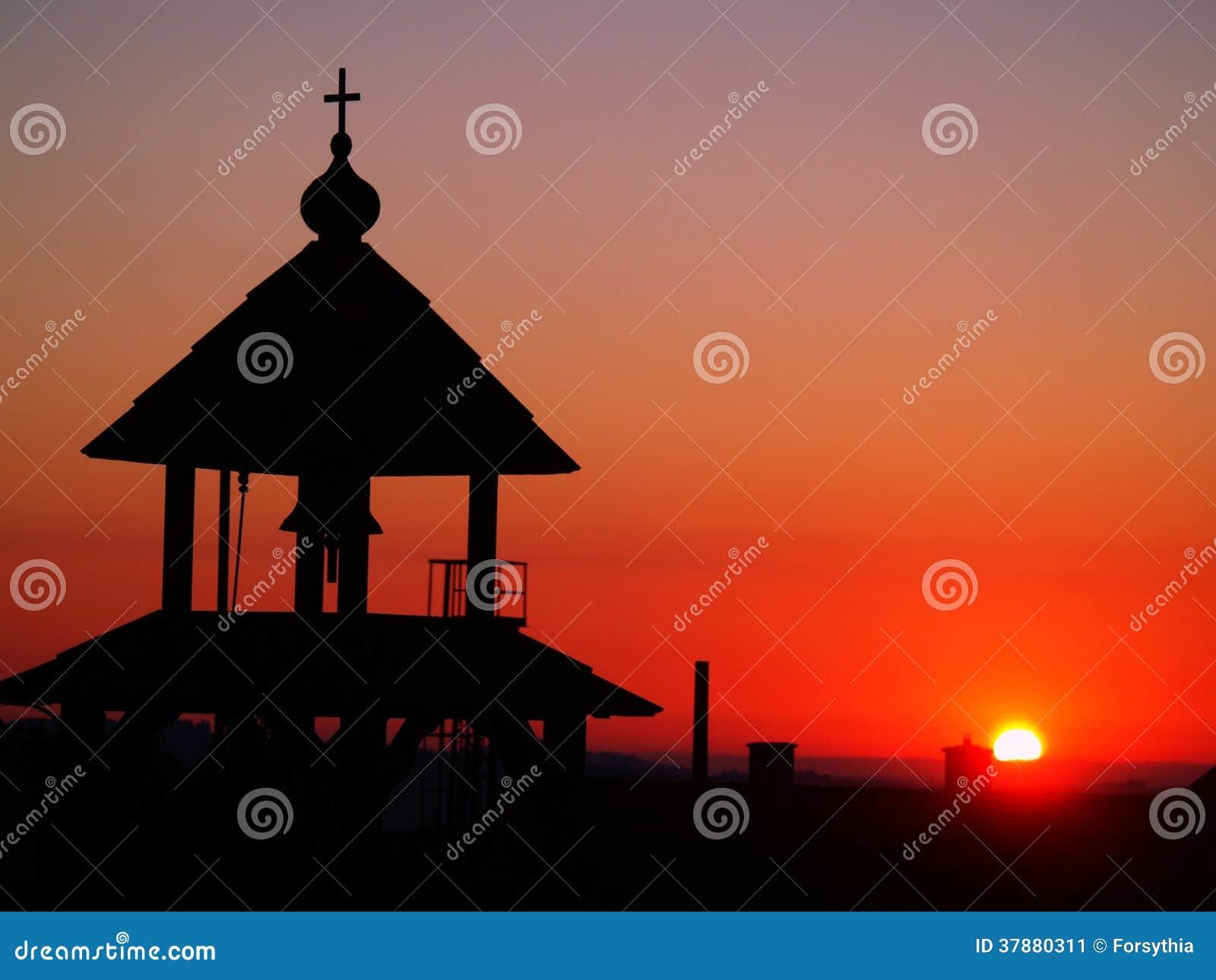 Zonsopgang met kapel