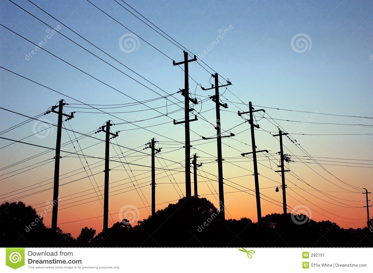 Zonsopgang over Powerlines