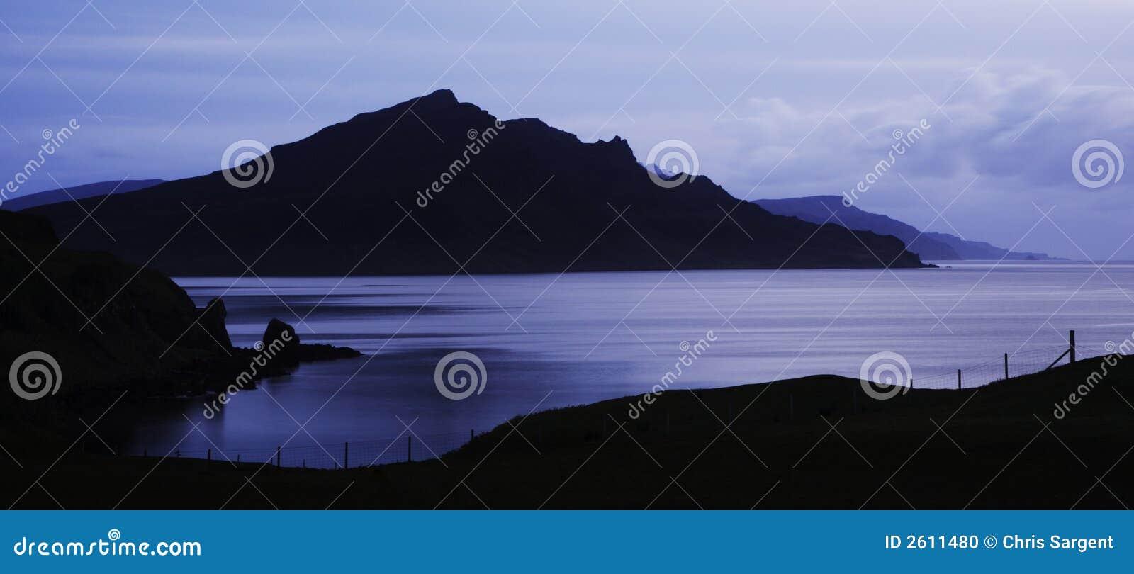 Zonsopgang over Schotse Loch