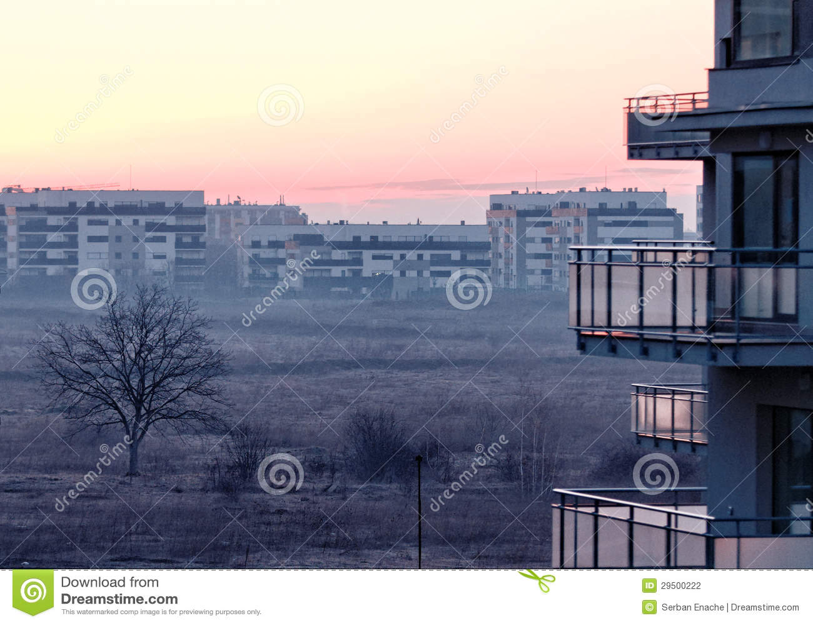 Zonsopgang in Pipera, Boekarest