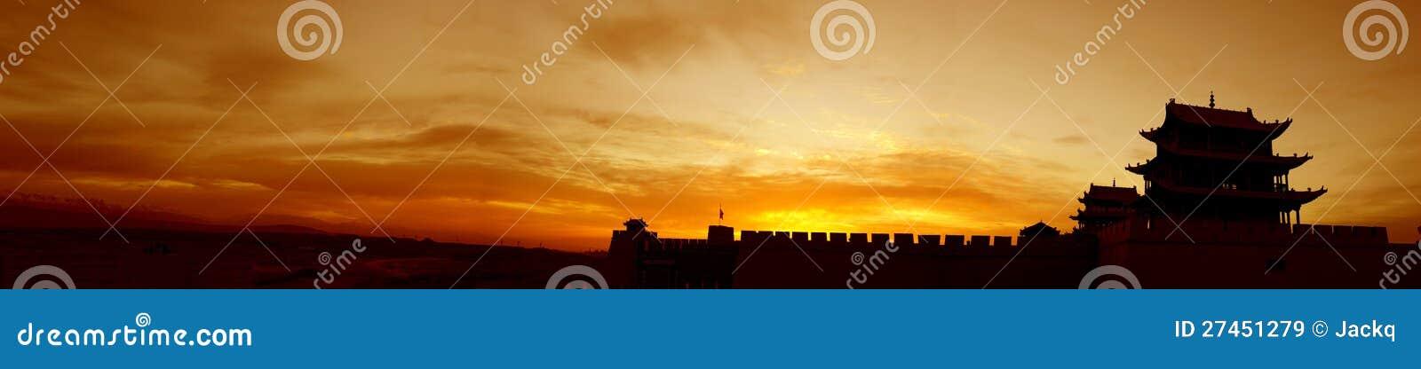 Zonsopgang van de Toren van de Pas Jiayuguan