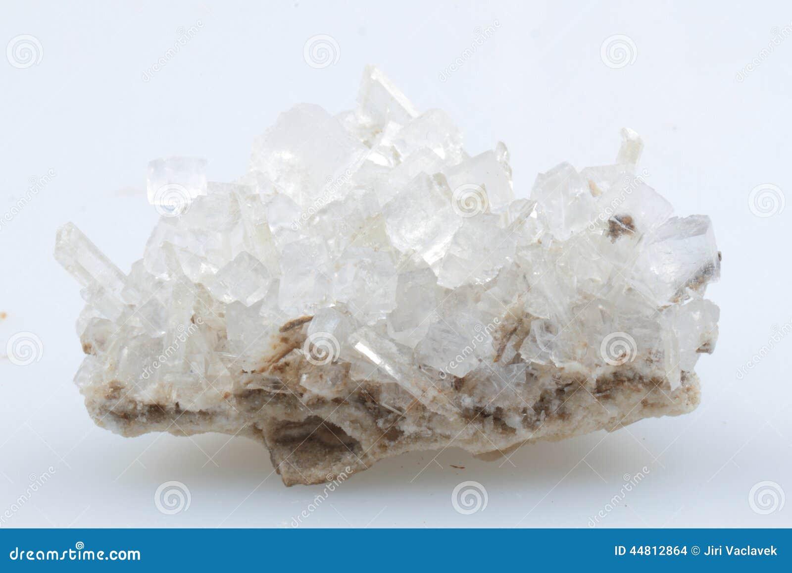is zout een mineraal