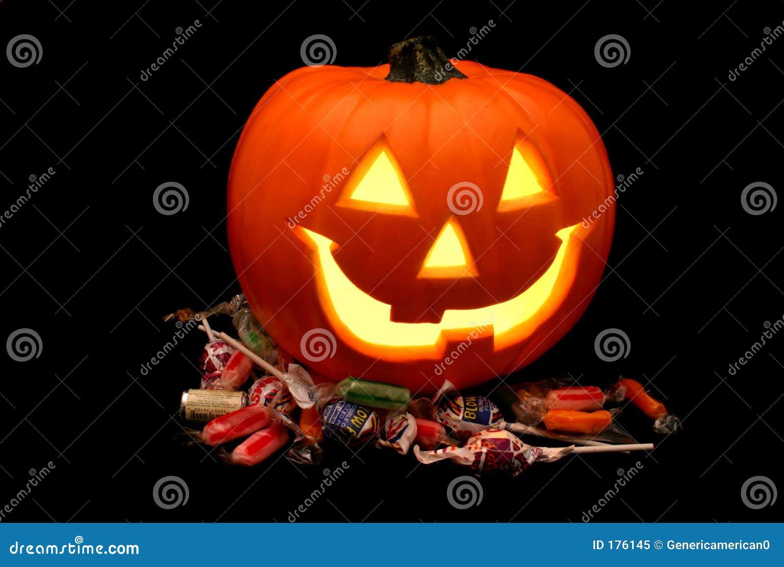 Zucca di Halloween con la caramella
