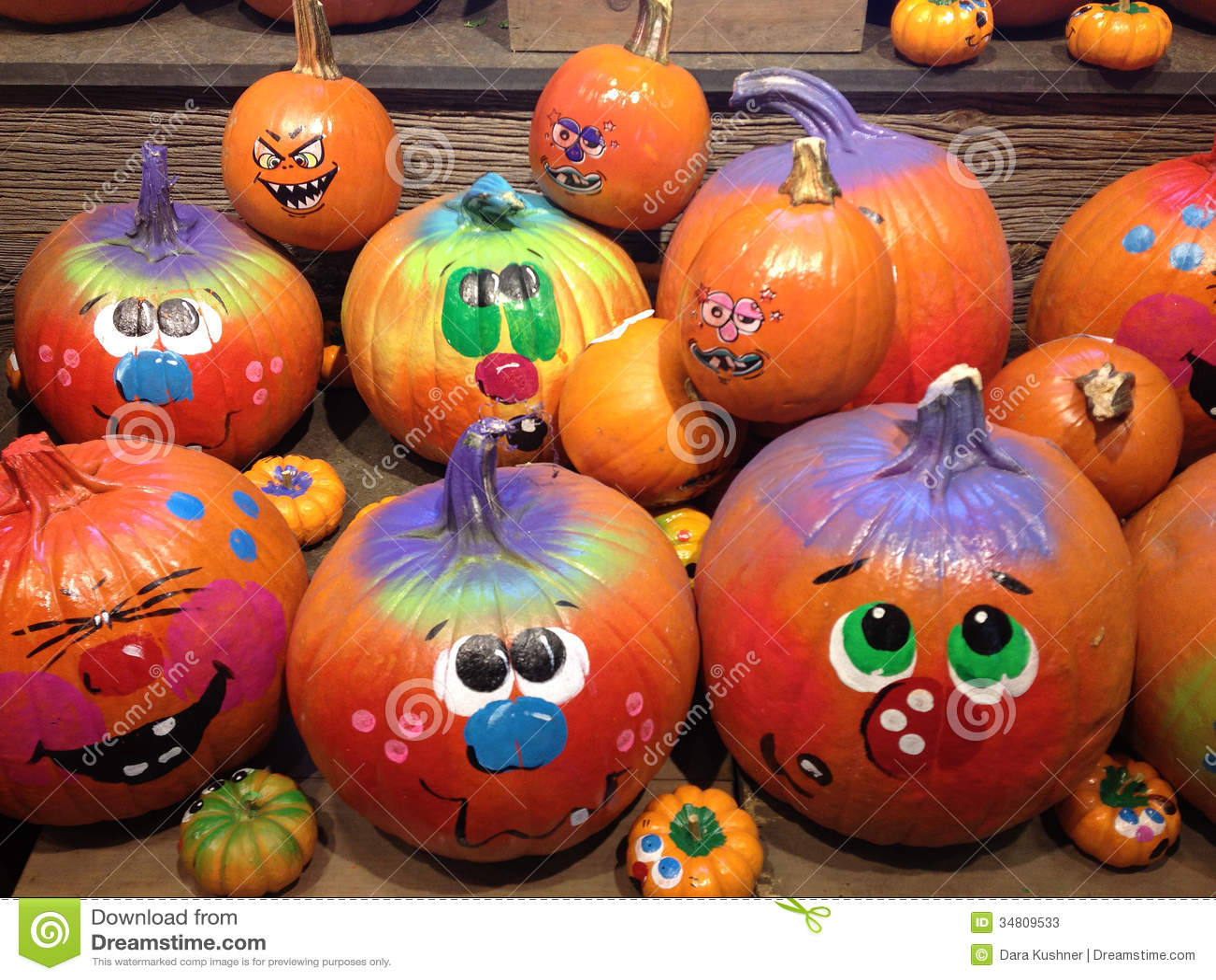 Zucche decorate per halloween fotografie stock immagine for Foto zucche halloween