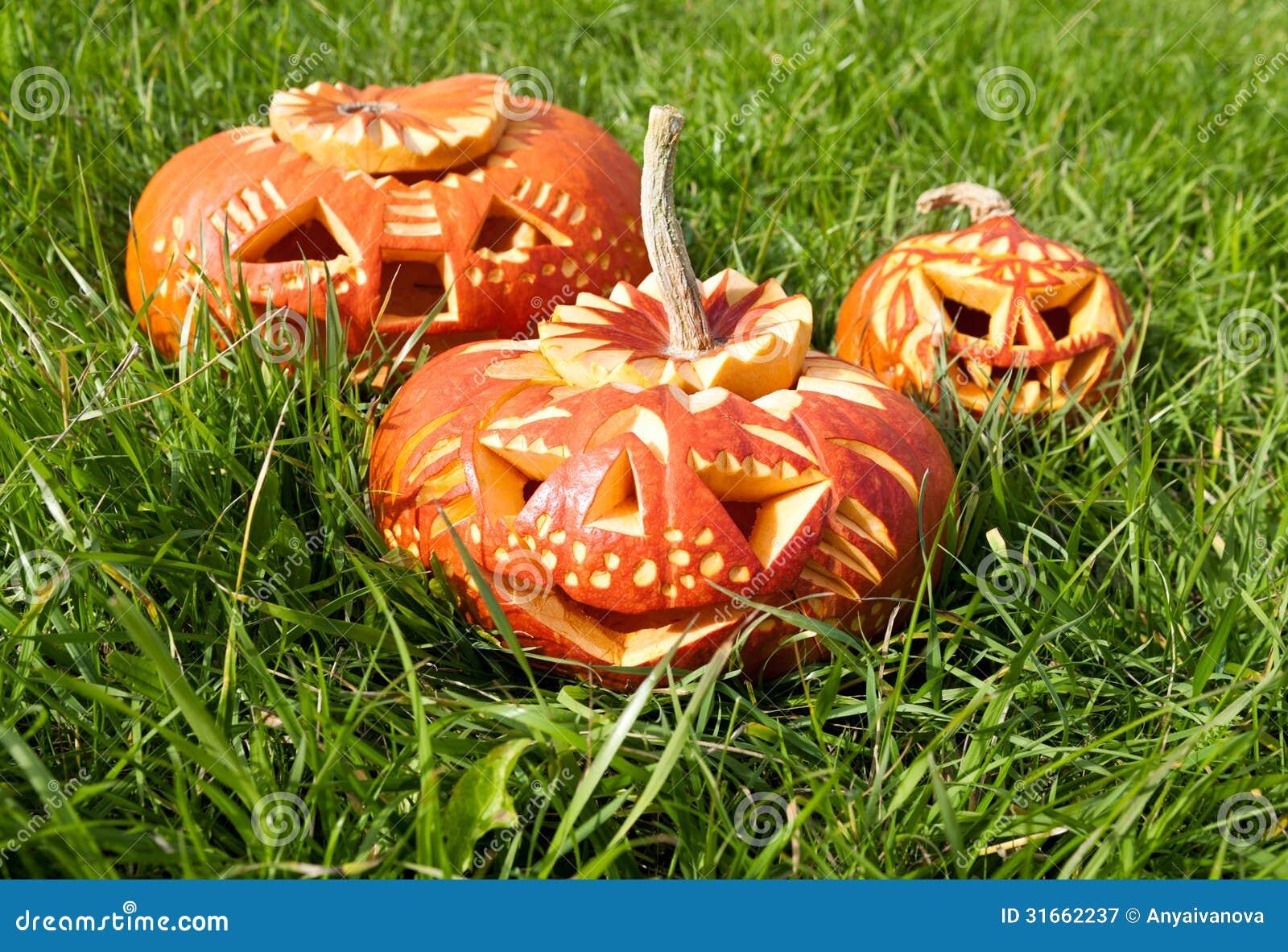zucche scolpite di halloween fotografia stock libera da