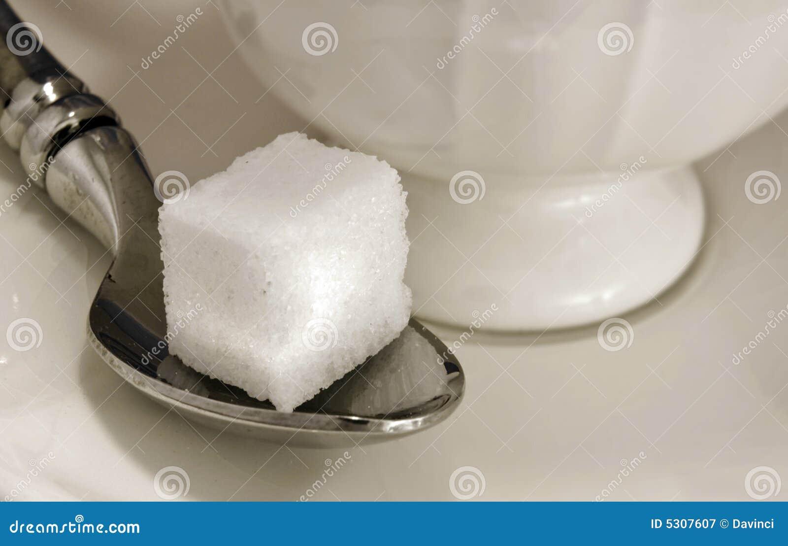 Download Zucchero immagine stock. Immagine di isolato, ciotola - 5307607