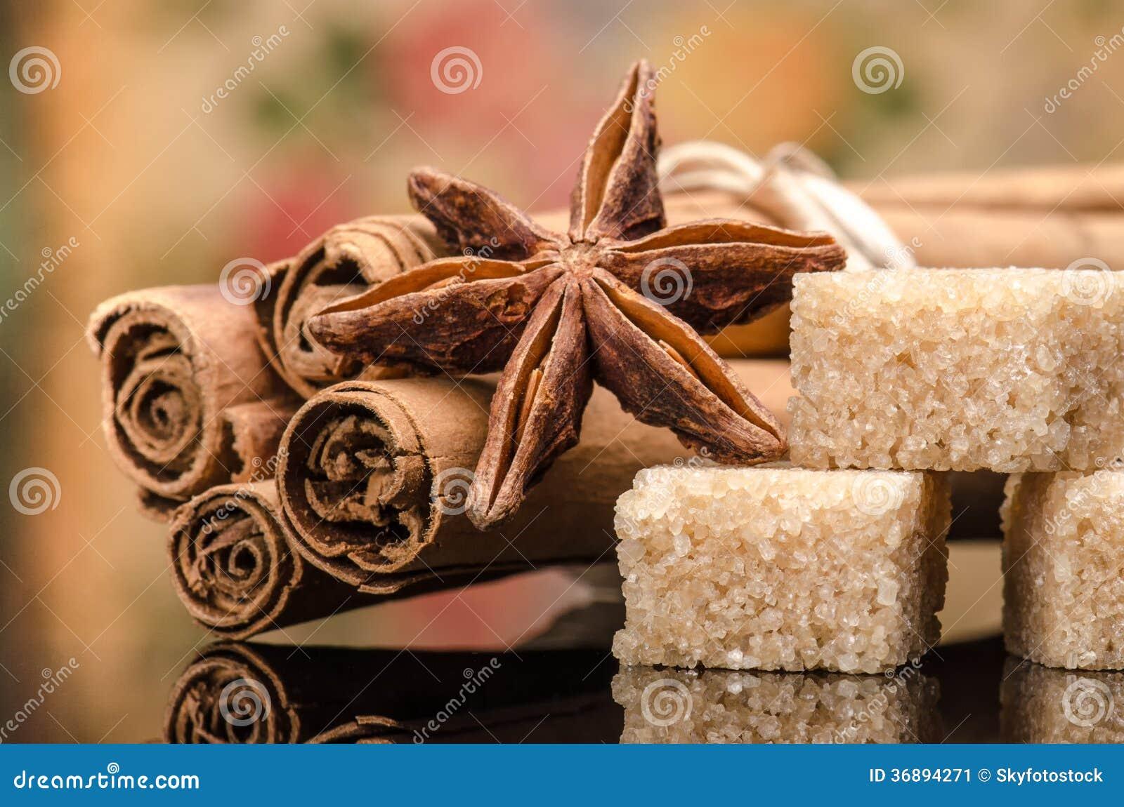 Download Zucchero e spezia immagine stock. Immagine di luce, feste - 36894271