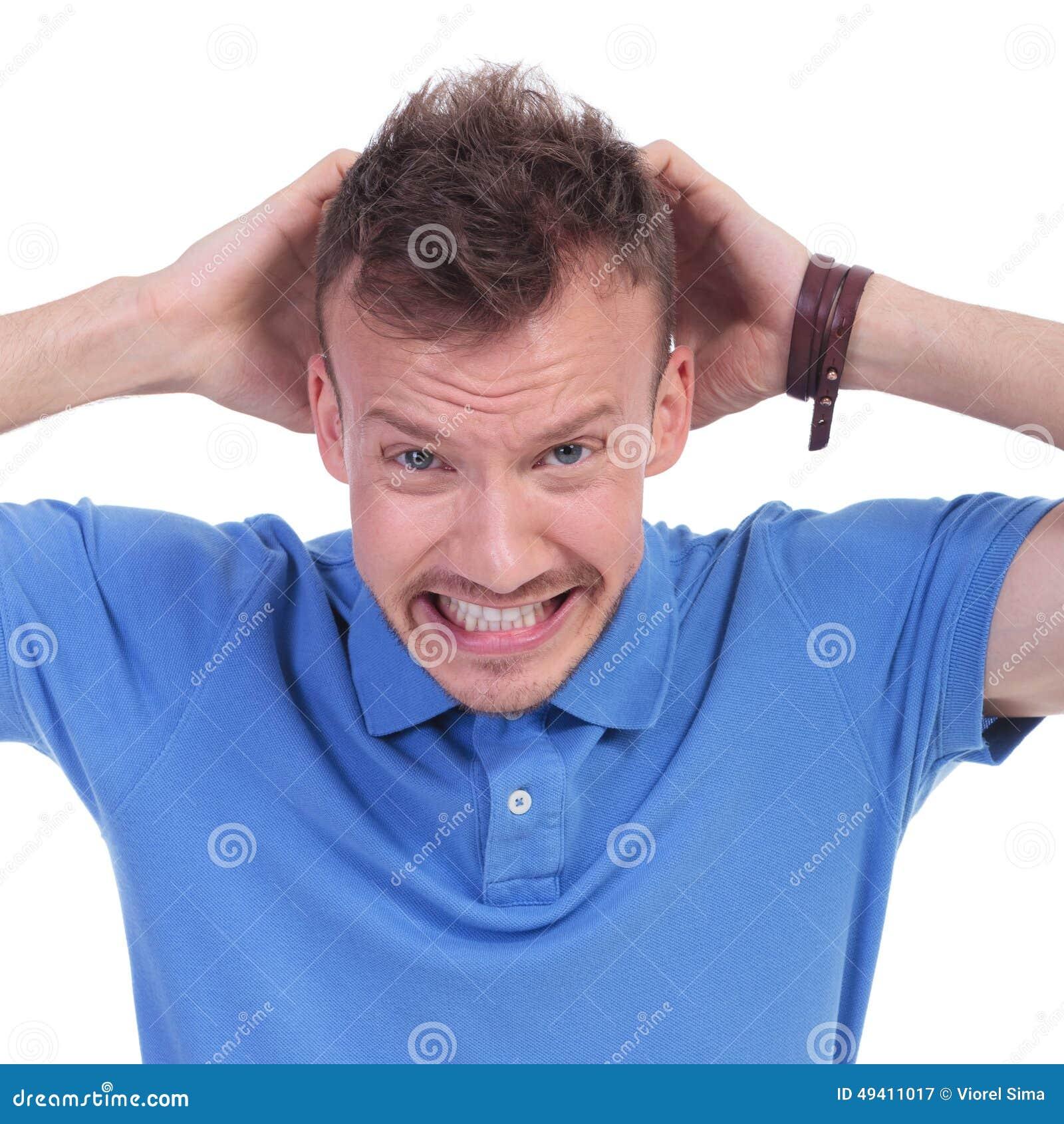 Download Zufälliger Junger Mann Ist Wütend Stockbild - Bild von beiläufig, hand: 49411017