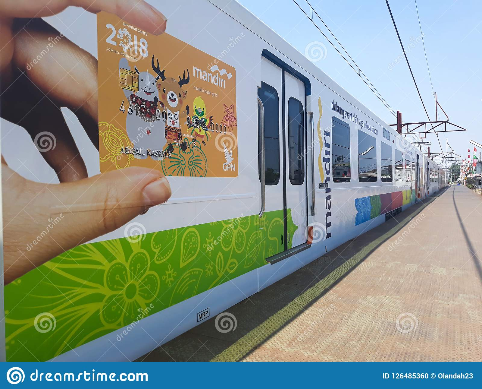 Zug an Bahnhof Bekasi