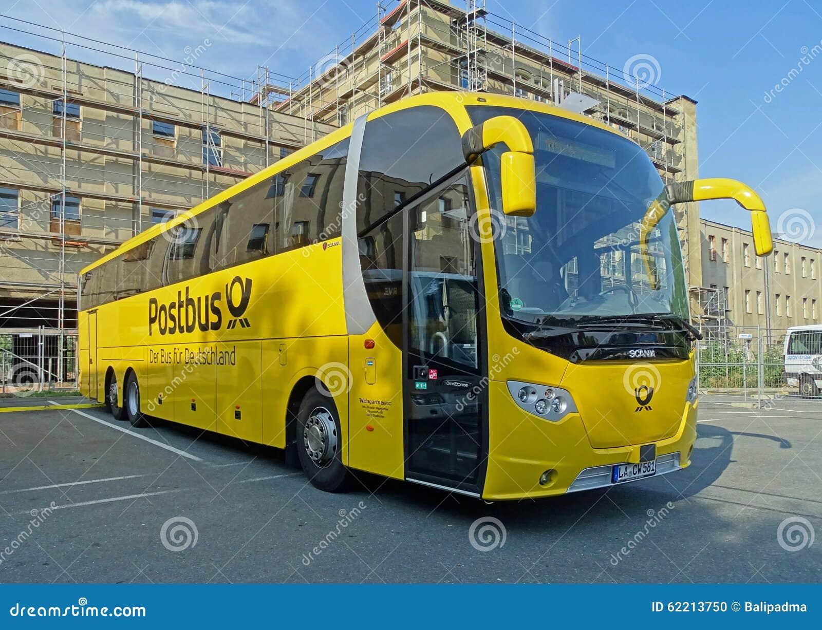 zug bus scania omniexpress von postbus in chemnitz redaktionelles bild bild von pfosten reise. Black Bedroom Furniture Sets. Home Design Ideas