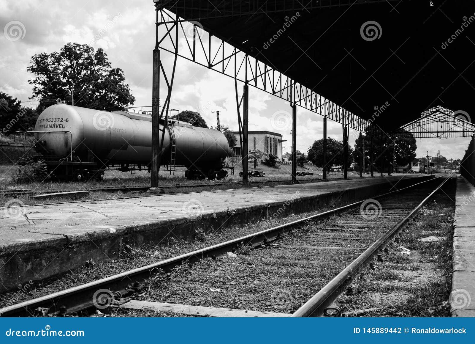 Zug-Plattform