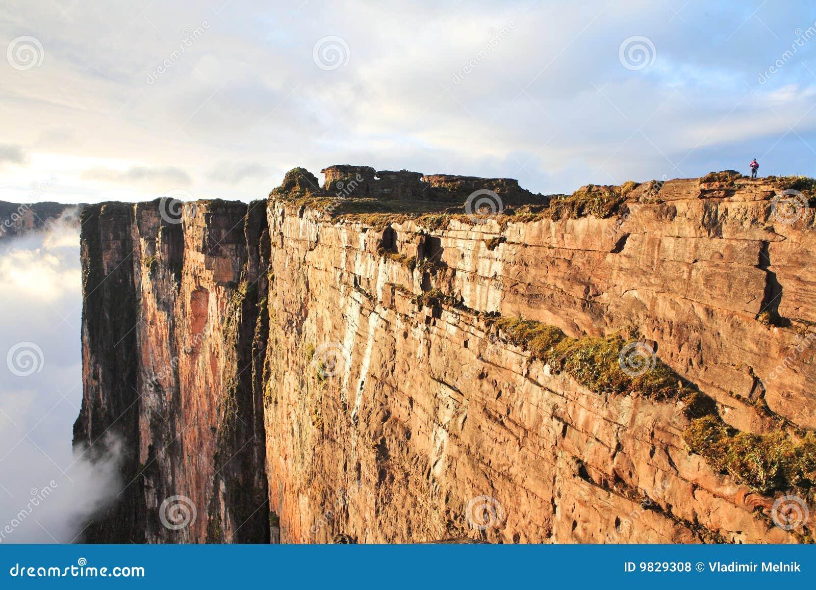Zuivere klippen van Onderstel Roraima