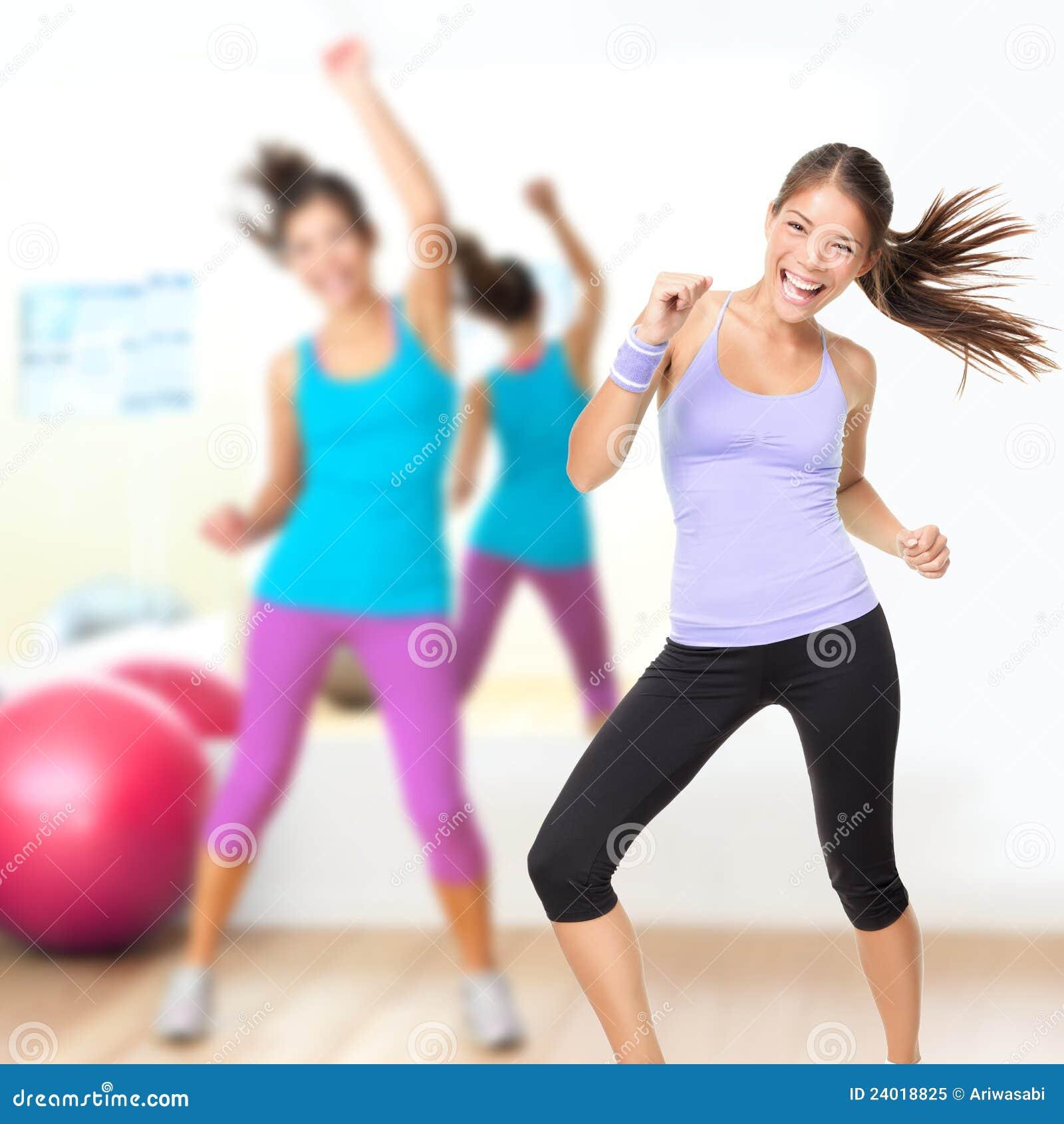 Zumba студии пригодности танцульки типа