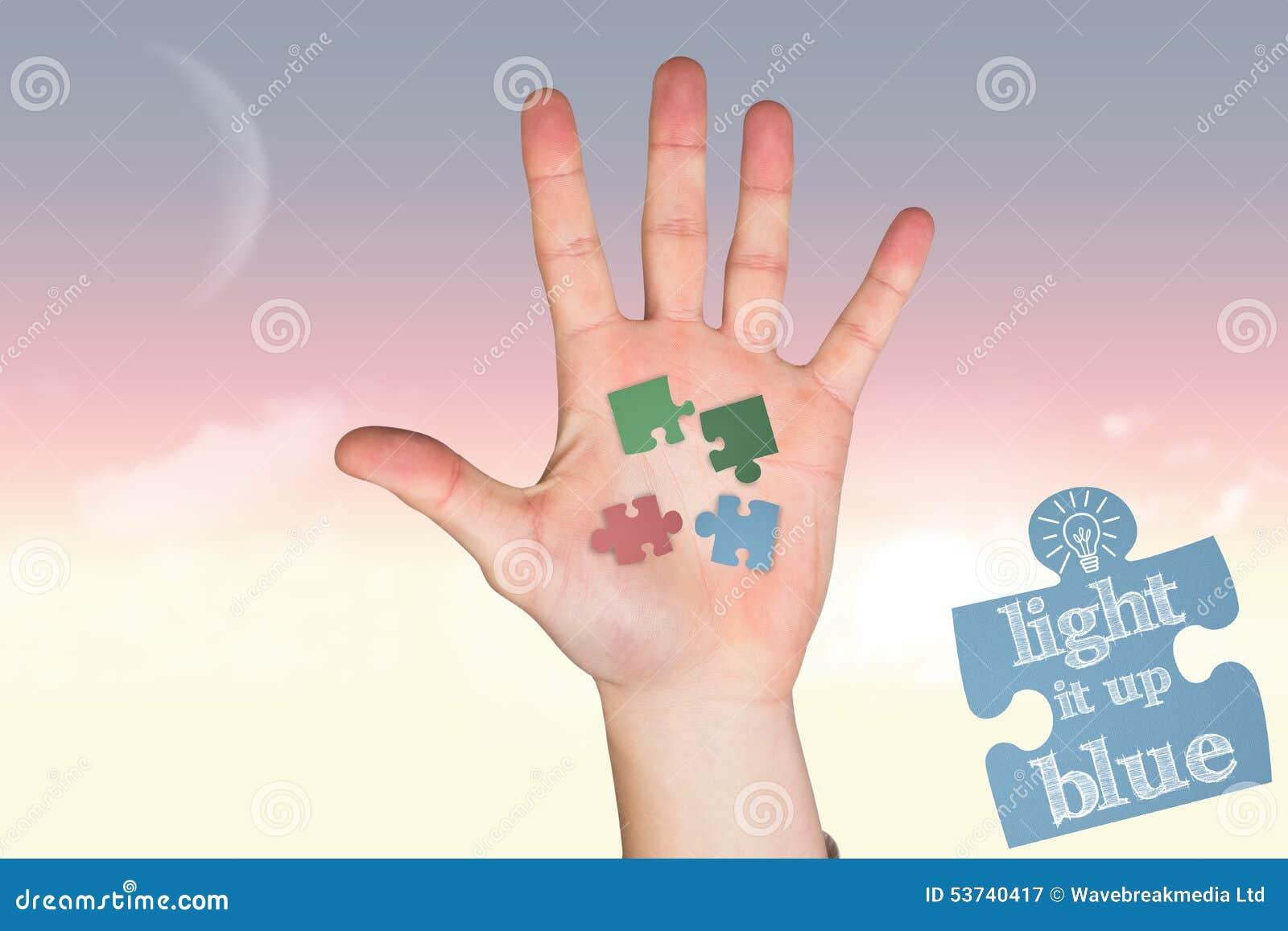 Zusammengesetztes Bild der Hand mit den Fingern heraus verbreitet